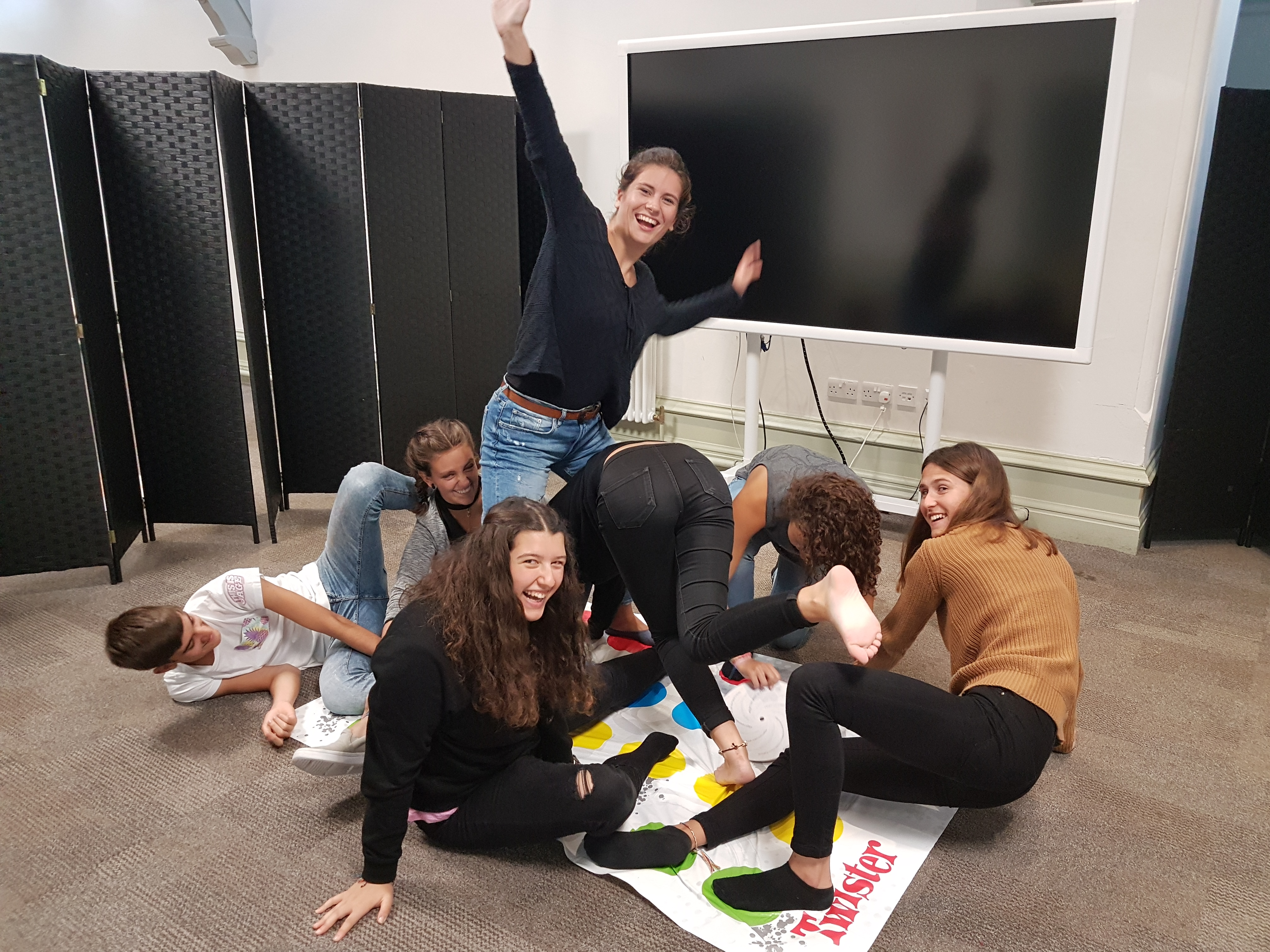 Students_playing_twister